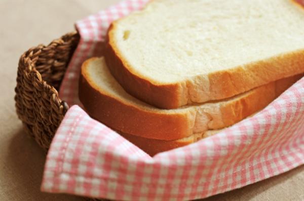 焼く前のトースト